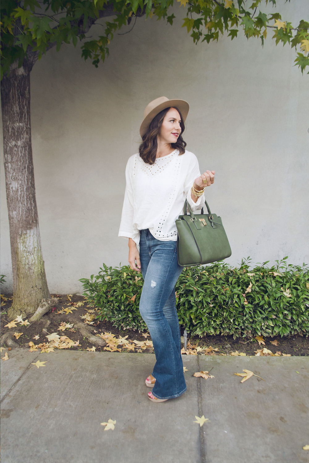 Flare Jeans 8.jpg