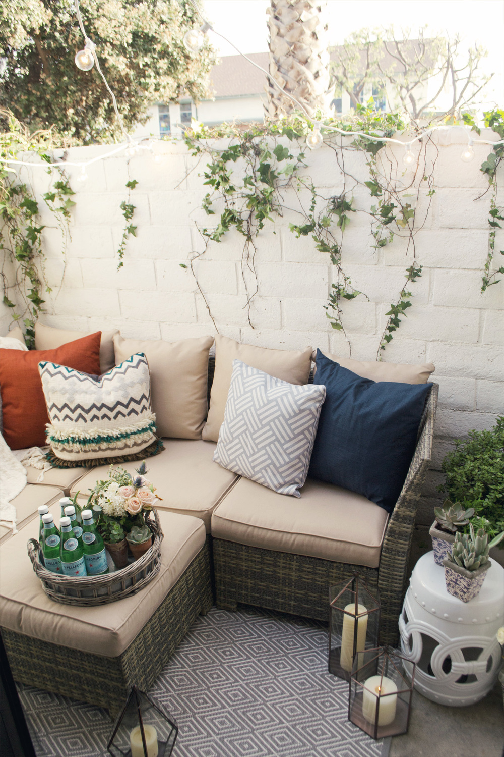 how to design a small outdoor space