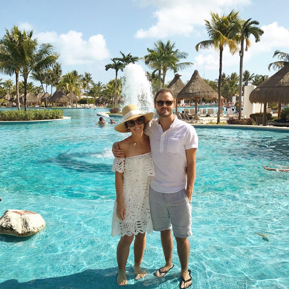 cancun mexico anniversary trip