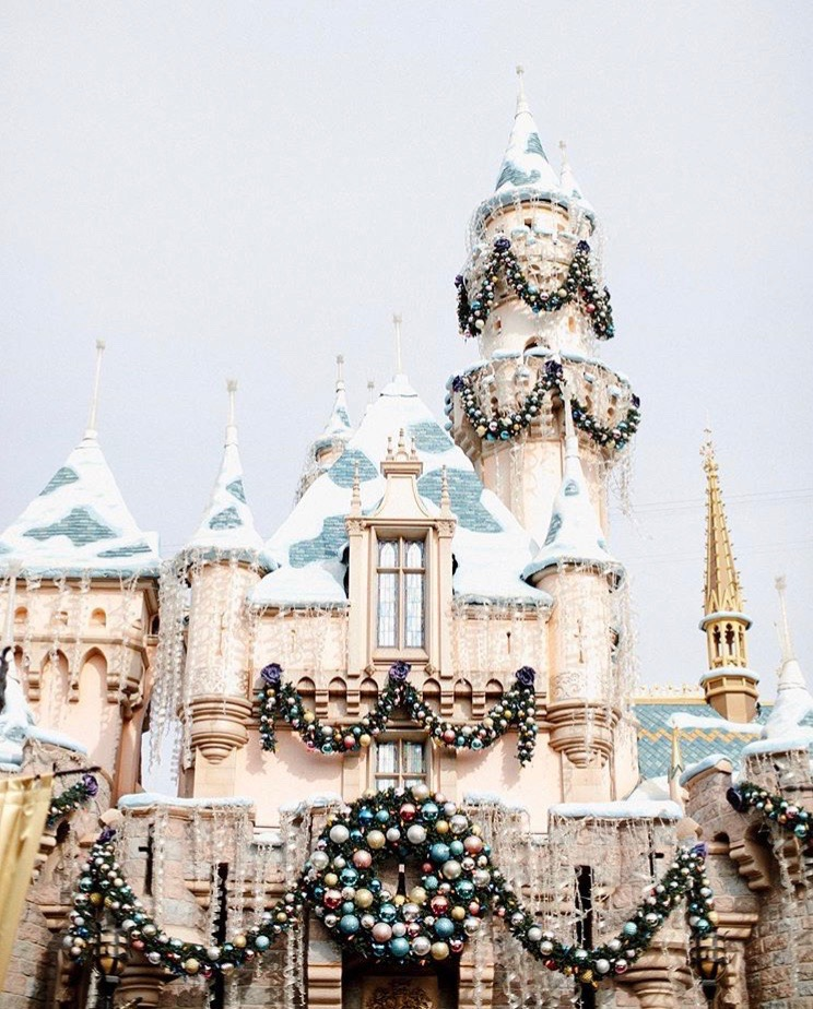 disneyland at christmas time