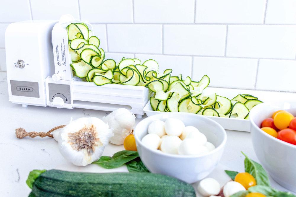 caprese zucchini salad recipe