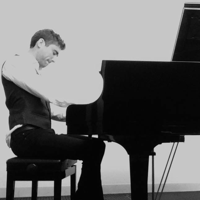 Solo jazz piano performance, 2016