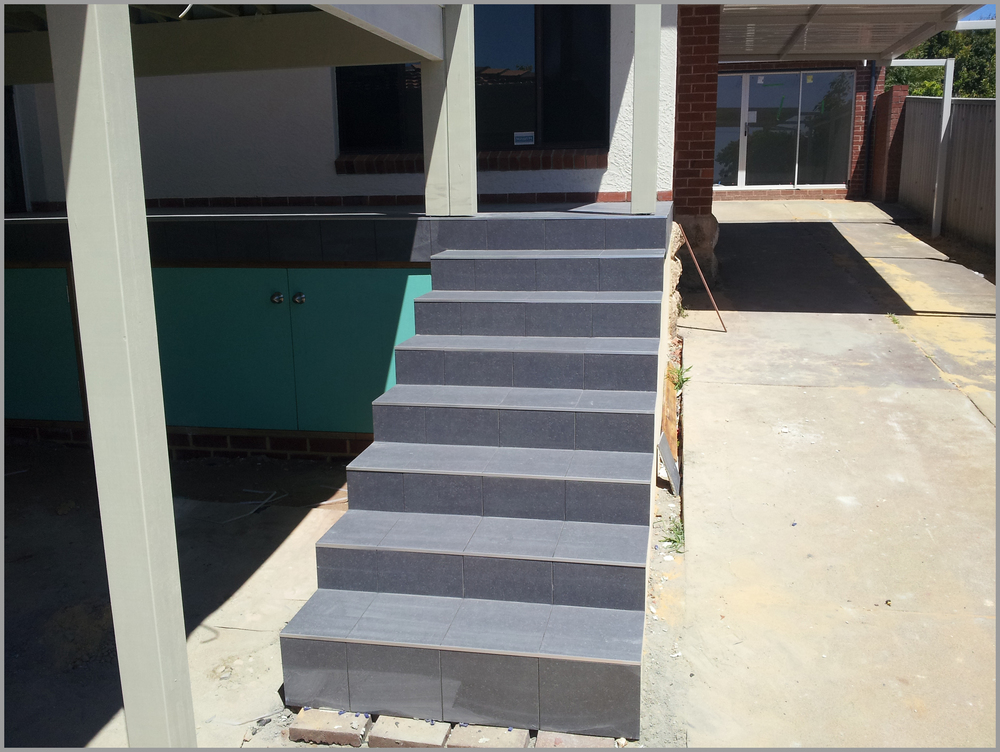 Exterior Tiling   Stairs