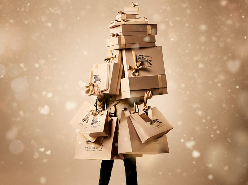 Burberry-With-Love-Packaging-image_002.jpg
