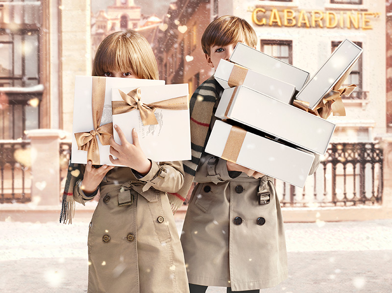 Burberry-With-Love-Campaign-Imag_001.jpg