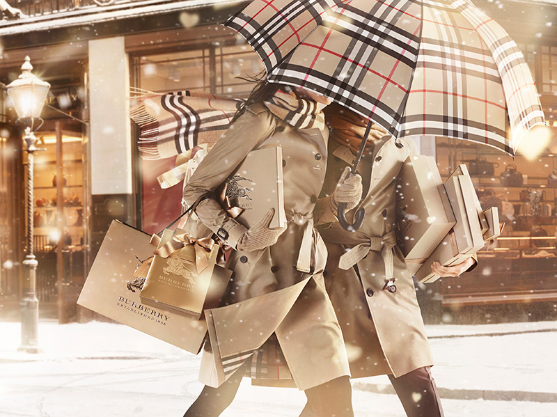 Burberry-With-Love-Campaign-Imag_002.jpg