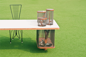 Pet-table