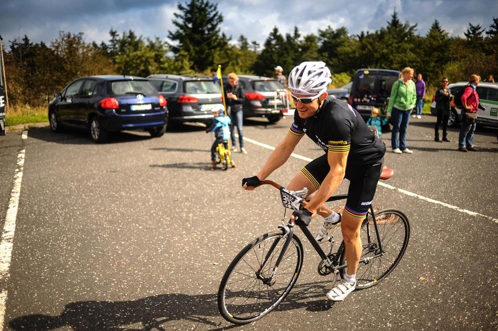 Rad_Race-3.jpg