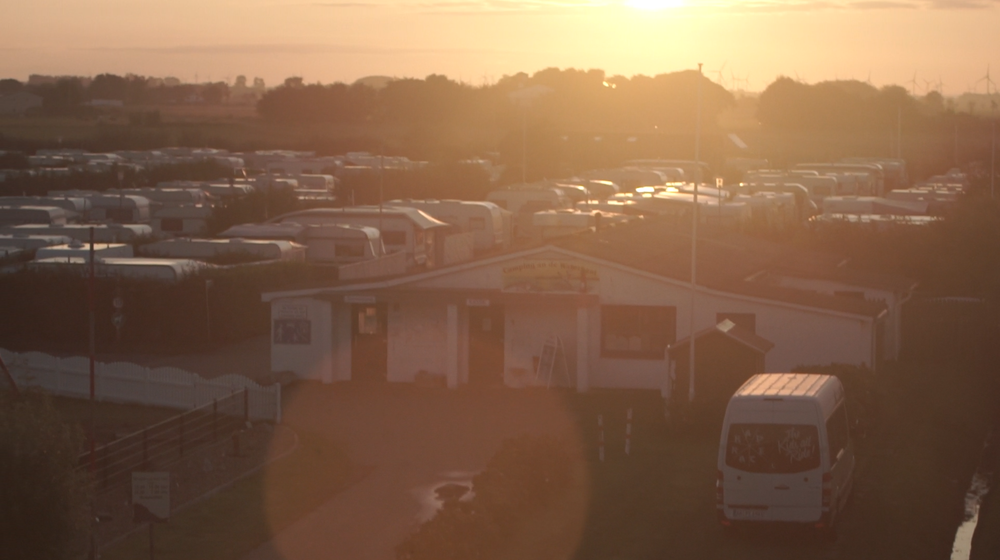 The best shot ever that was ever taken in Büsum. Check out our tour van. Ah ok, and the sunset. BTW: pic taken Gerrit Piechwoski.