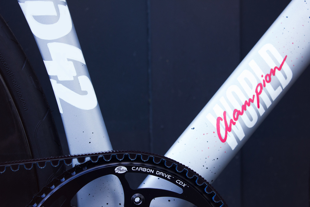 RAD RACE Fixed42 World Championship Frame WOMan - by Schindelhauer Bikes. Hand painted by Anna T-Iron.