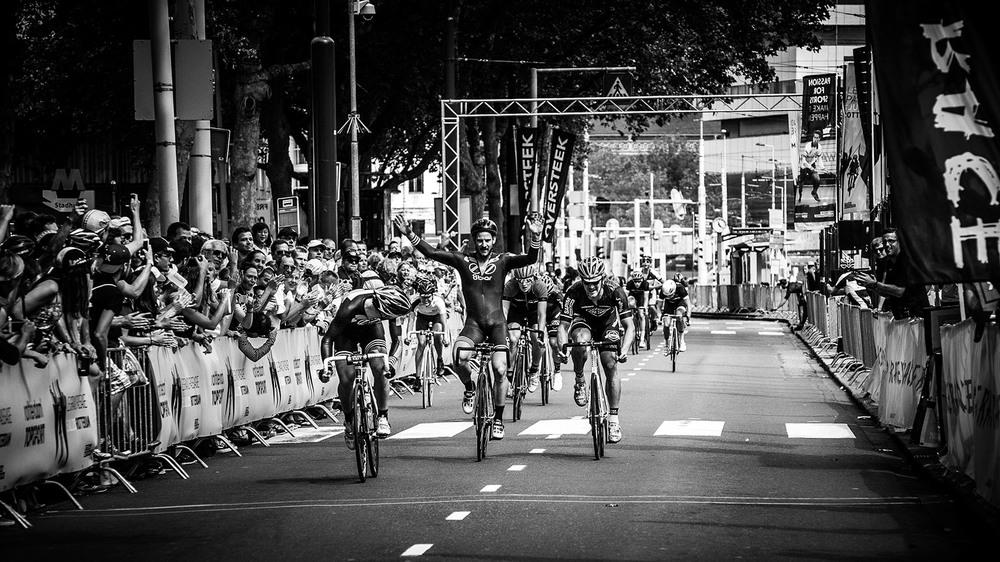 MEn's champ: tim ceresa // 8bar bikes Pic by drew kaplan