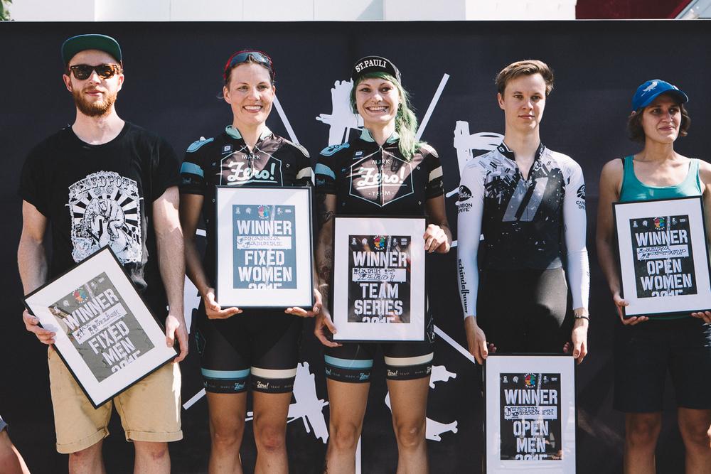 AD RACE series winner: Max höflich, johanna jahnke, silja ketelsen, justin rudolph, laura nottarp - Pic by jason sellers