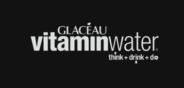 vitaminwater_de_+_Claim_schwarz.png