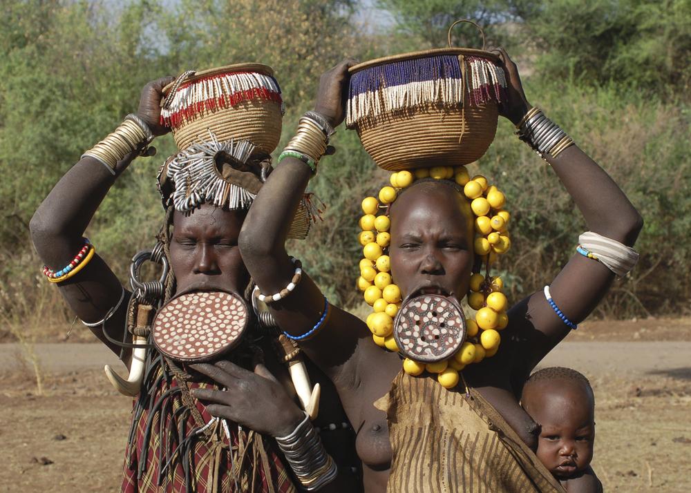 Etiópia DONES PLATS.jpg