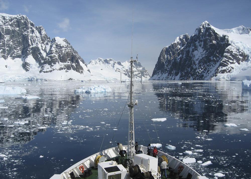 Antártida ESTRET LEMAIRE.jpg