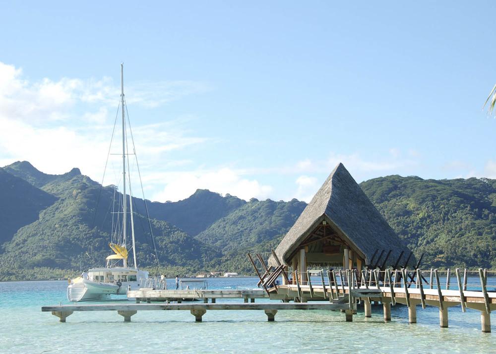 Polinesia EMBARCADERO TAHA.jpg