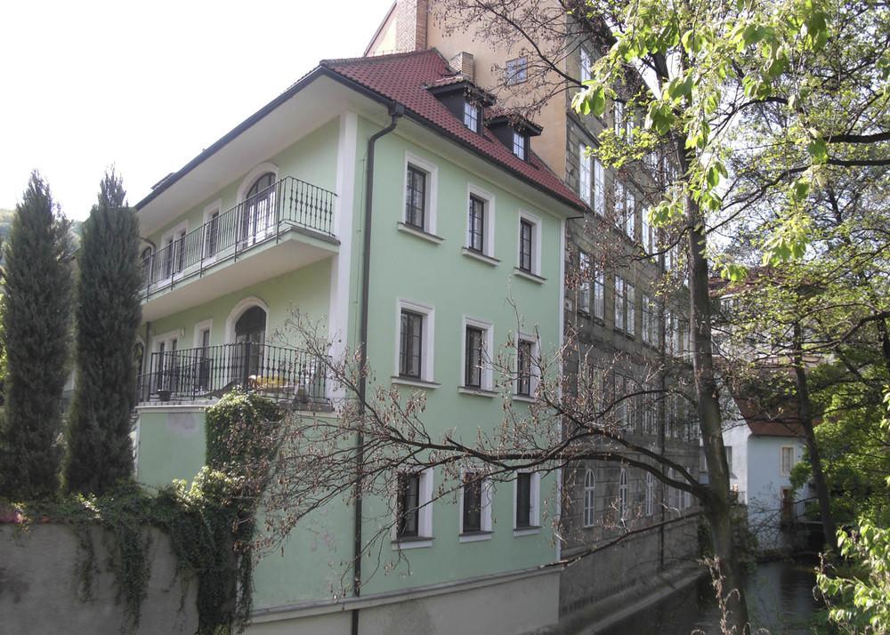 CHEQUIA casa verda.jpg