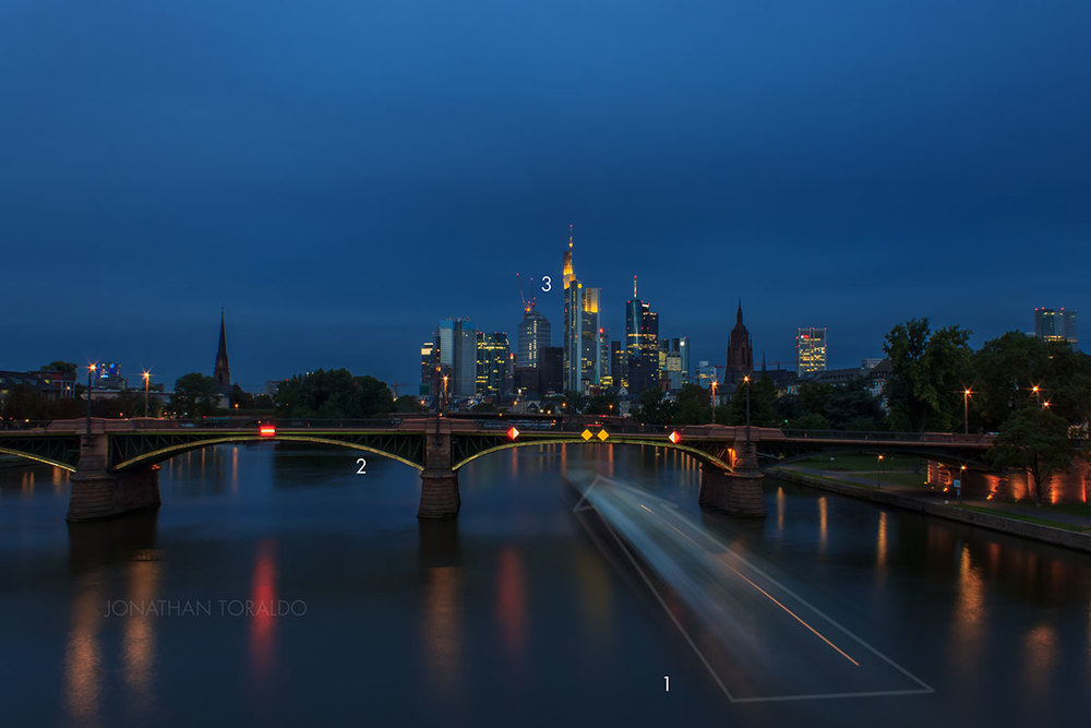 frankfurt-skyline-mainhattan-long-exposure-blue-hour.jpg