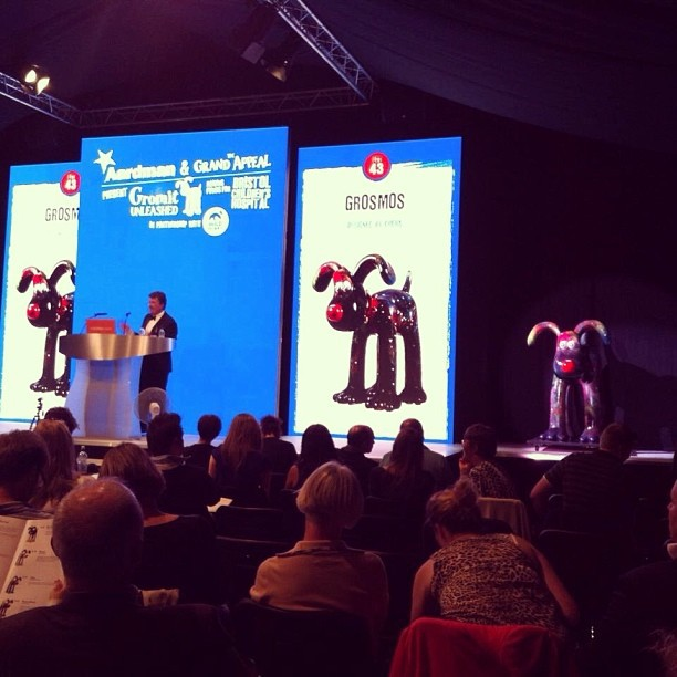 Grosmos-Cheba-GromitUnleashed-Auction.jpg