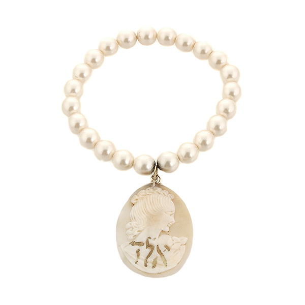 "Cameo and pearl bracelet, ""Protection Against Evil Eye"""