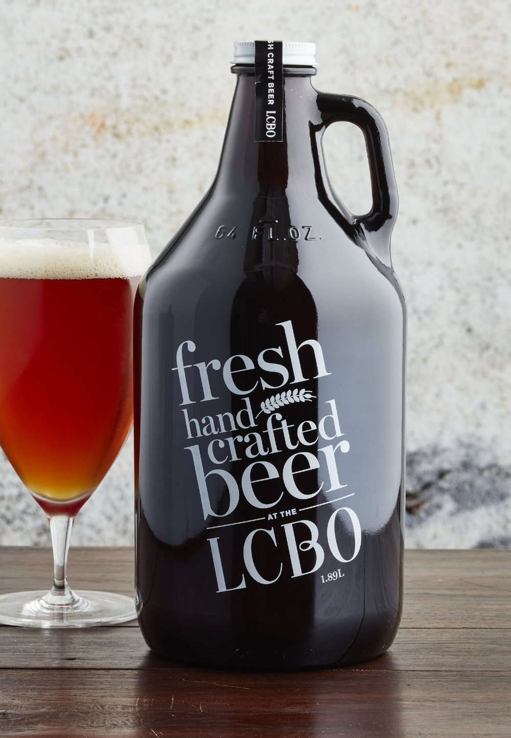 Growler packaging design
