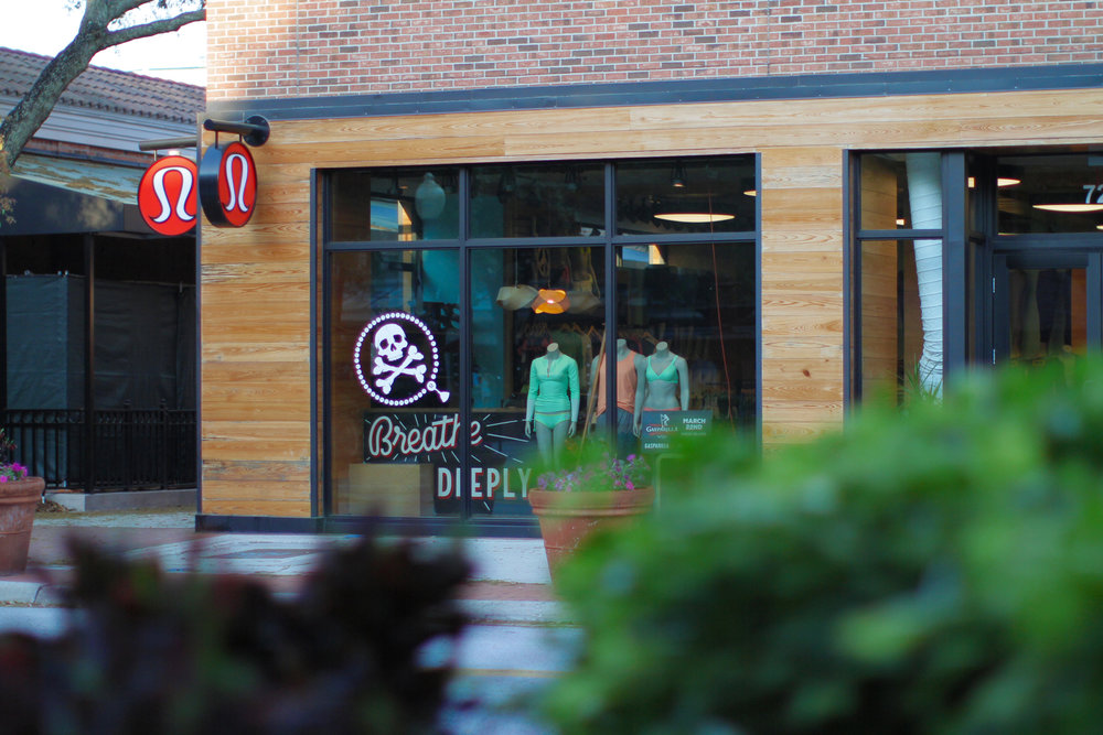Lululemon-Tampa-HydePark-Breath-Deeply
