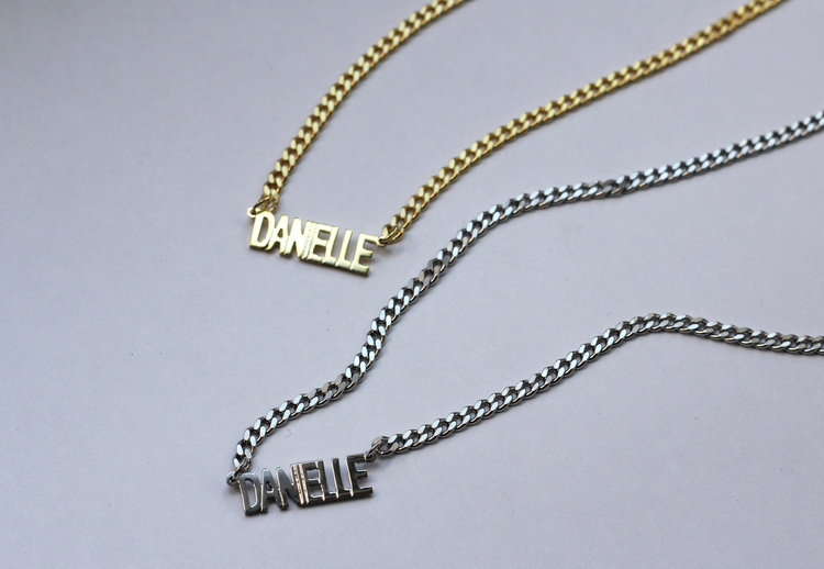 name necklace hammered personalized nameplate disc plate gold dp bar amazon layering com