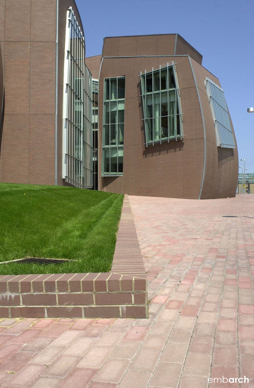 Vontz Center for Molecular Studies - exterior