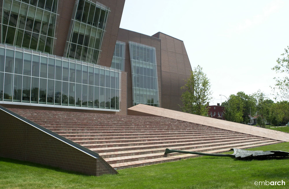 Vontz Center for Molecular Studies - exterior steps
