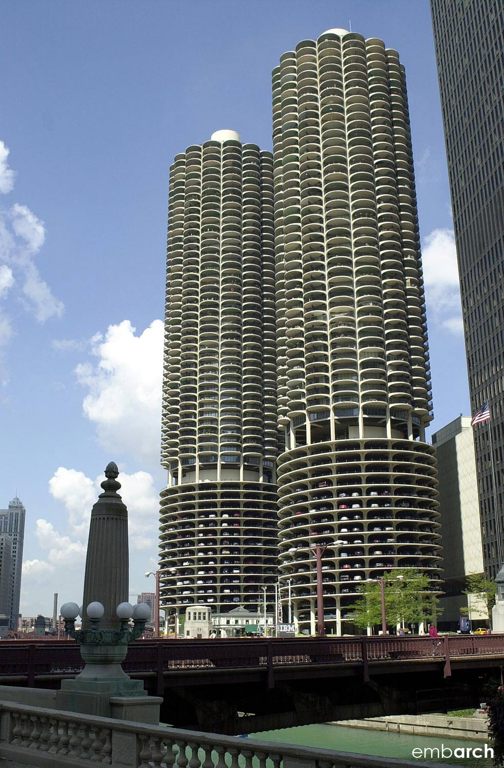 Marina City Towers - building exterior