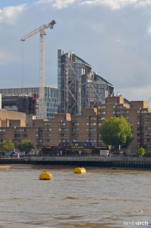 NEO Bankside - building exterior