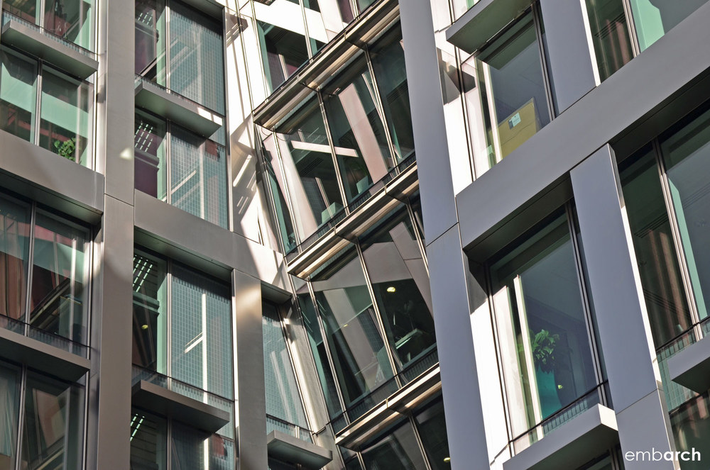 5 Aldermanbury Square - facade detail