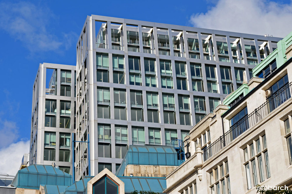 5 Aldermanbury Square - building exterior