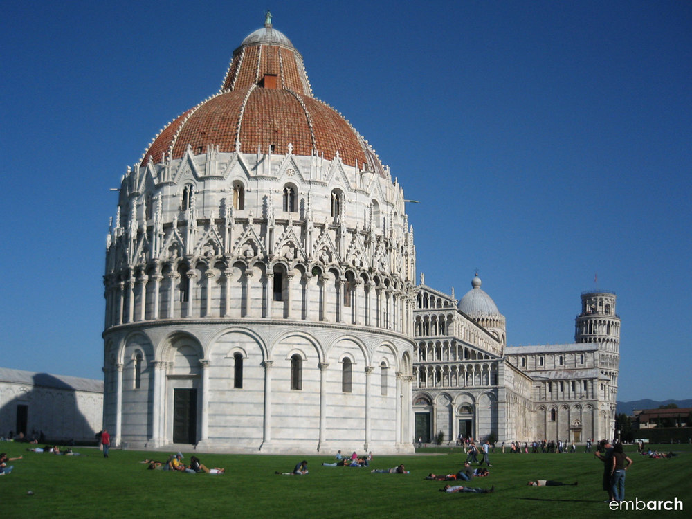 Piazza del Duomo, Pisa Italy - baptistery exterior