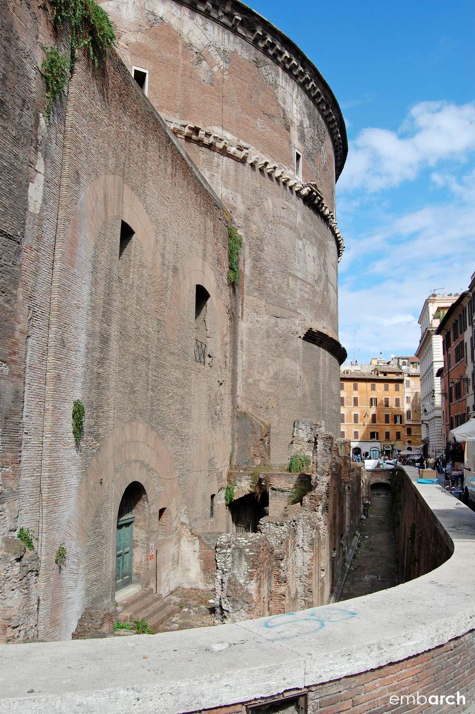 Pantheon - exterior