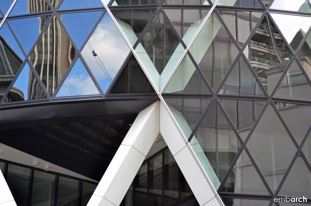 30 St. Mary's Axe - exterior detail