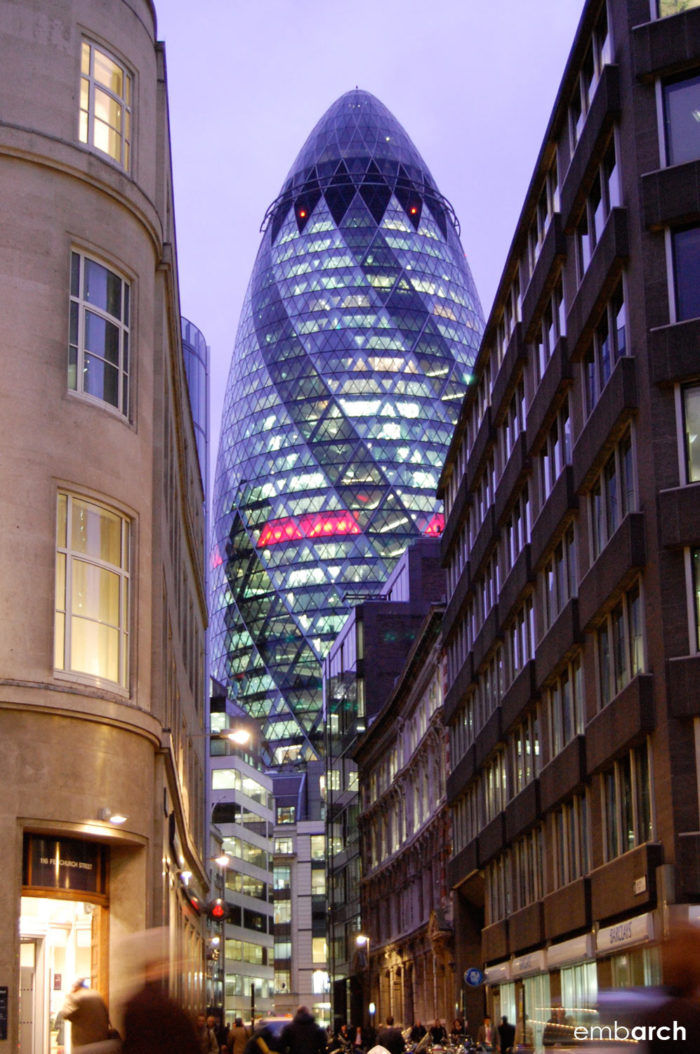 30 St. Mary's Axe - exterior view at night
