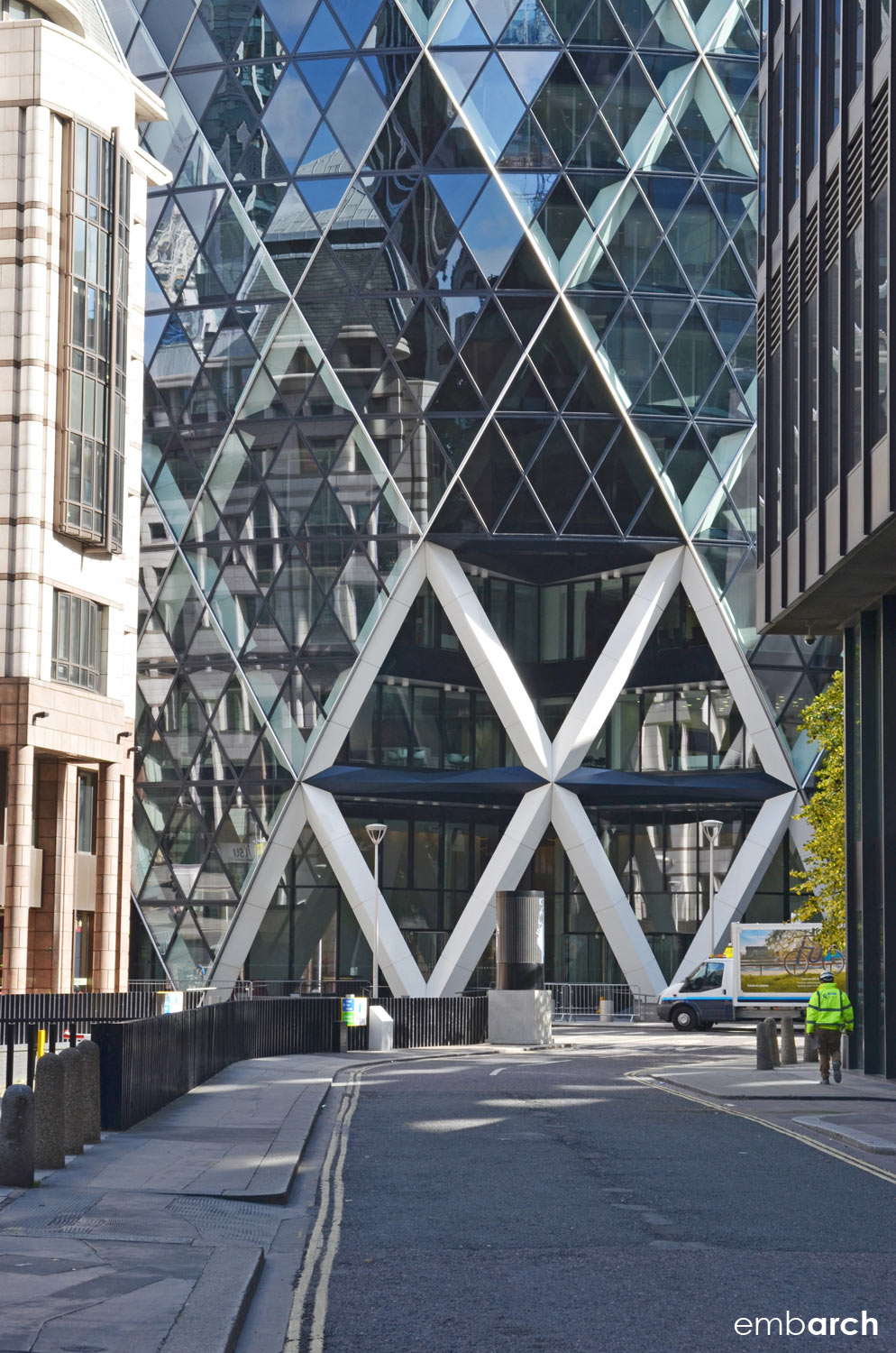 30 St. Mary's Axe - exterior