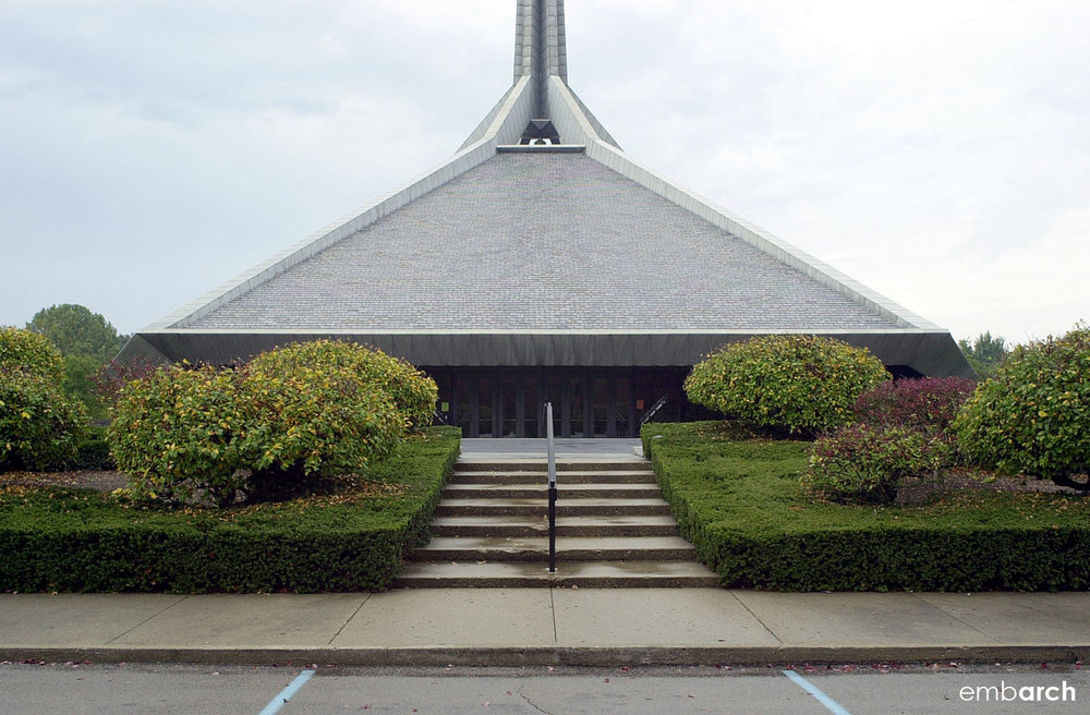 North Christian Church - exterior view of entry