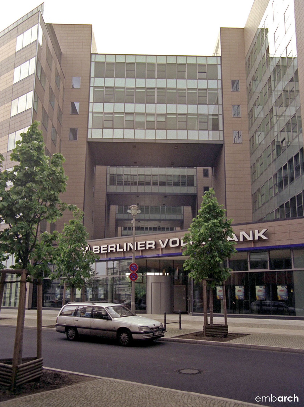 Berliner Volksbank Building - view of exterior