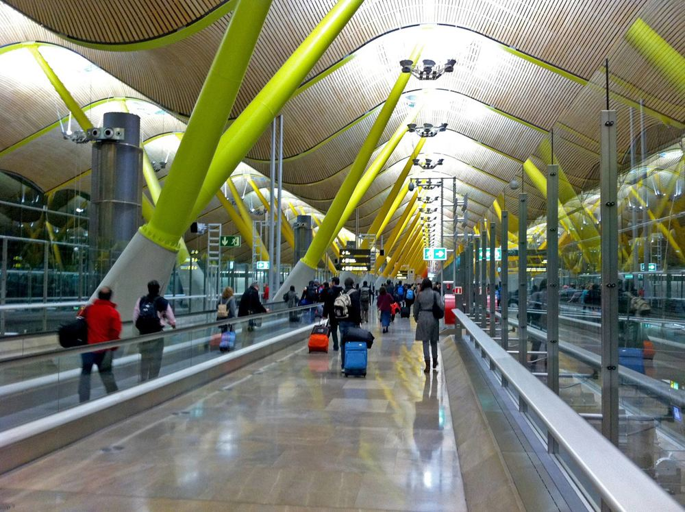 Madrid-Barajas Airport - interior