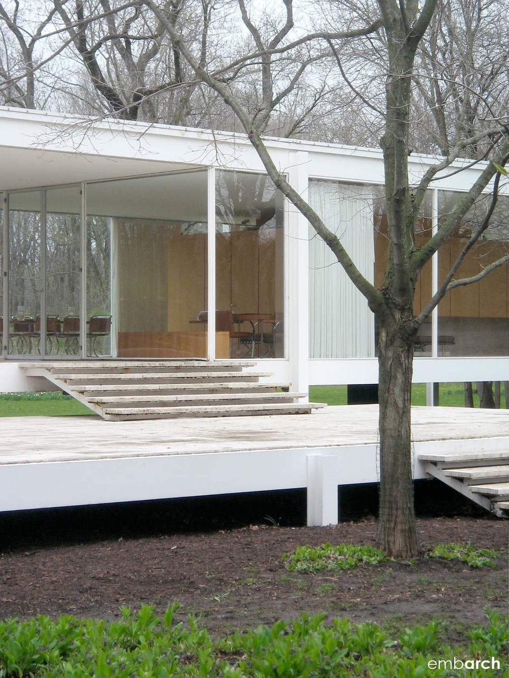Farnsworth House - exterior