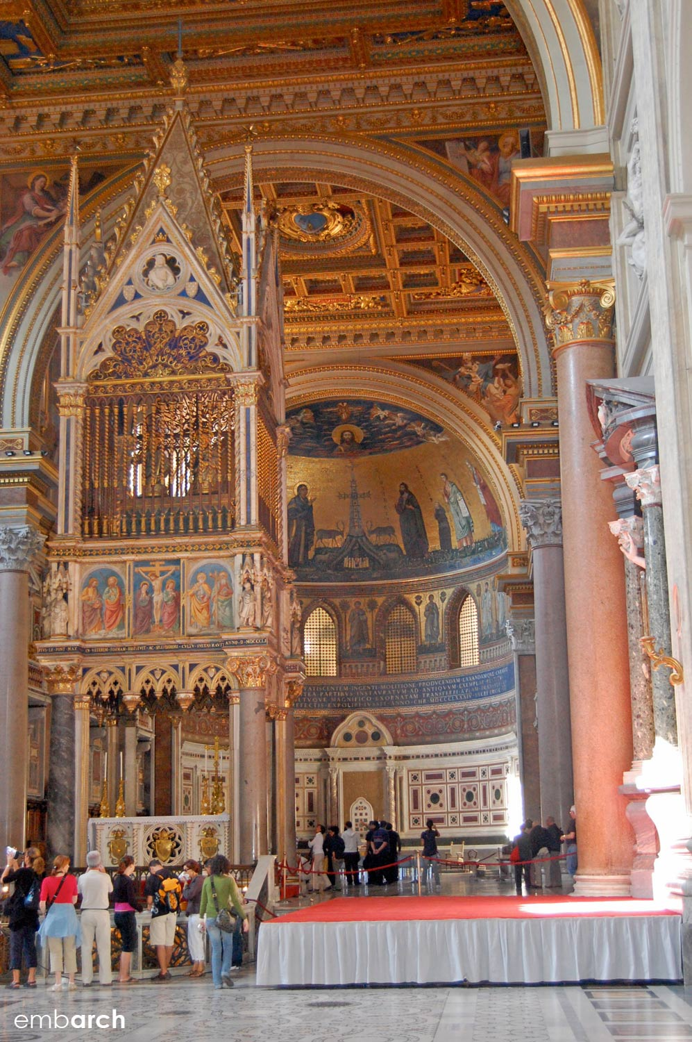 Papal Archasilica of St. John Lateran - interior altarpiece