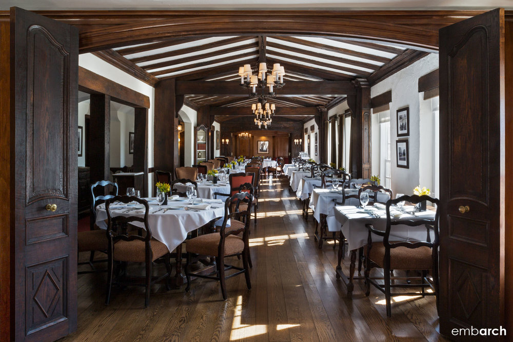 Sky-Line Club, interior view of main dining room