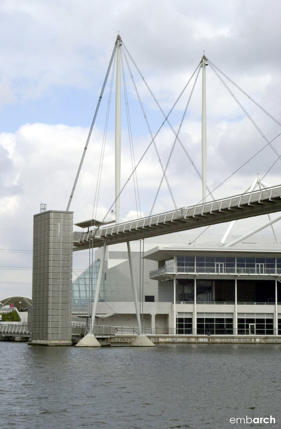 Royal Dock Bridge - exterior