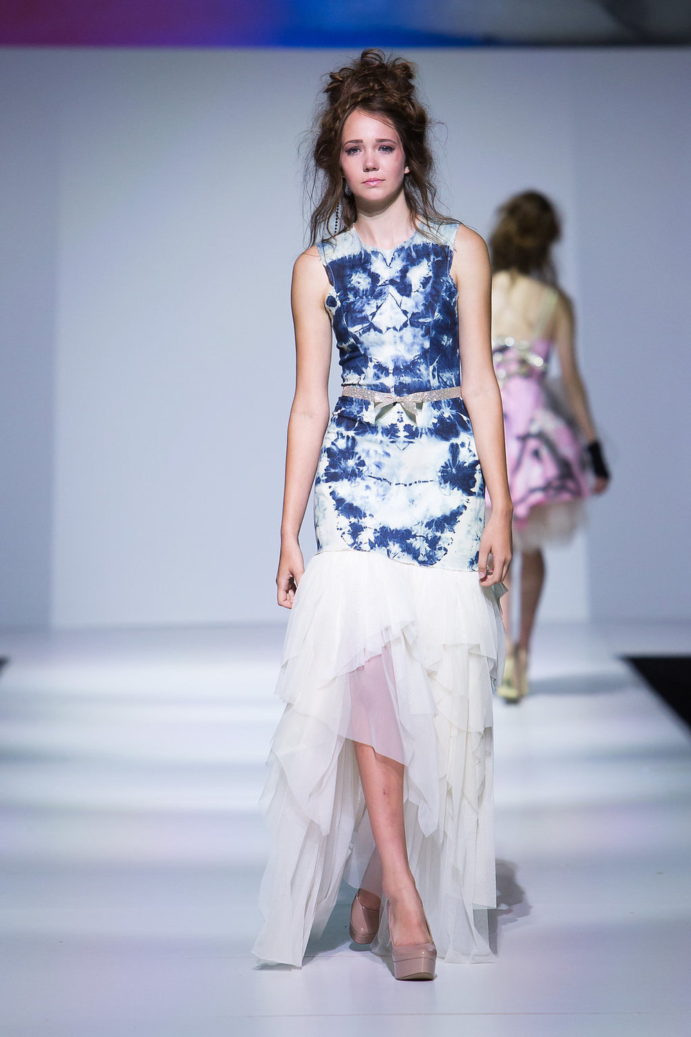 Symmetrical bleached denim with netting skirt