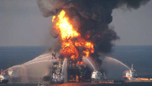 100421-Gulf_Oil_Spill_Anniversary-AP100421150259_620x350.jpg