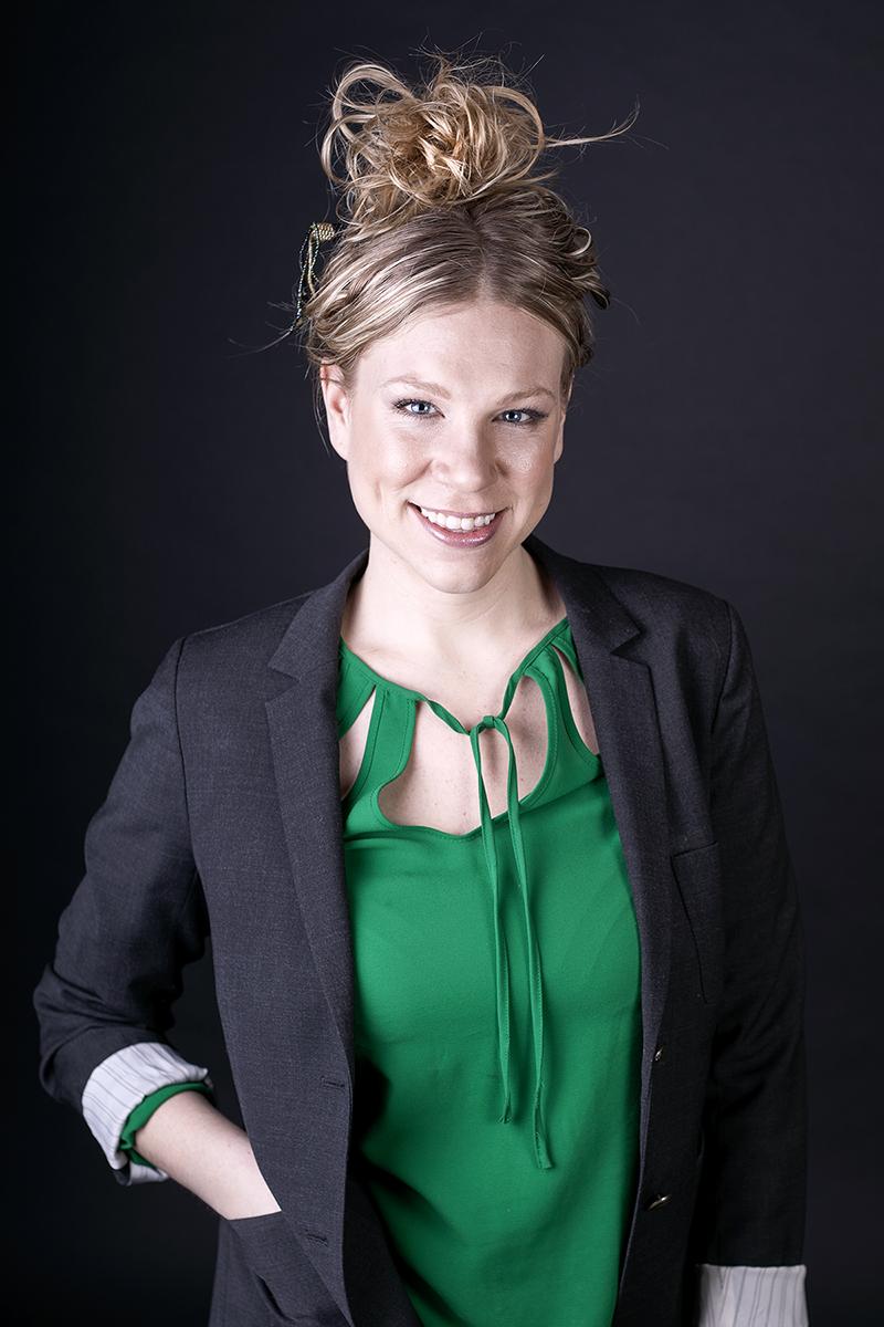 Alicia Hoogveld - Headshots - Portraits - YYC - Hailey Carr