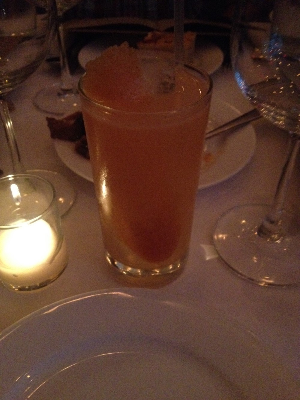 Grapefruit & Gin cocktail - one of the only meal highlights