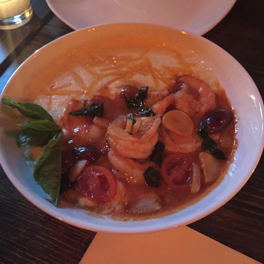 Shrimp & Cheddar Grits